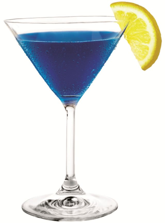 Blue cocktail  Royal Blue / Cocktail Recipes / Easy cocktails